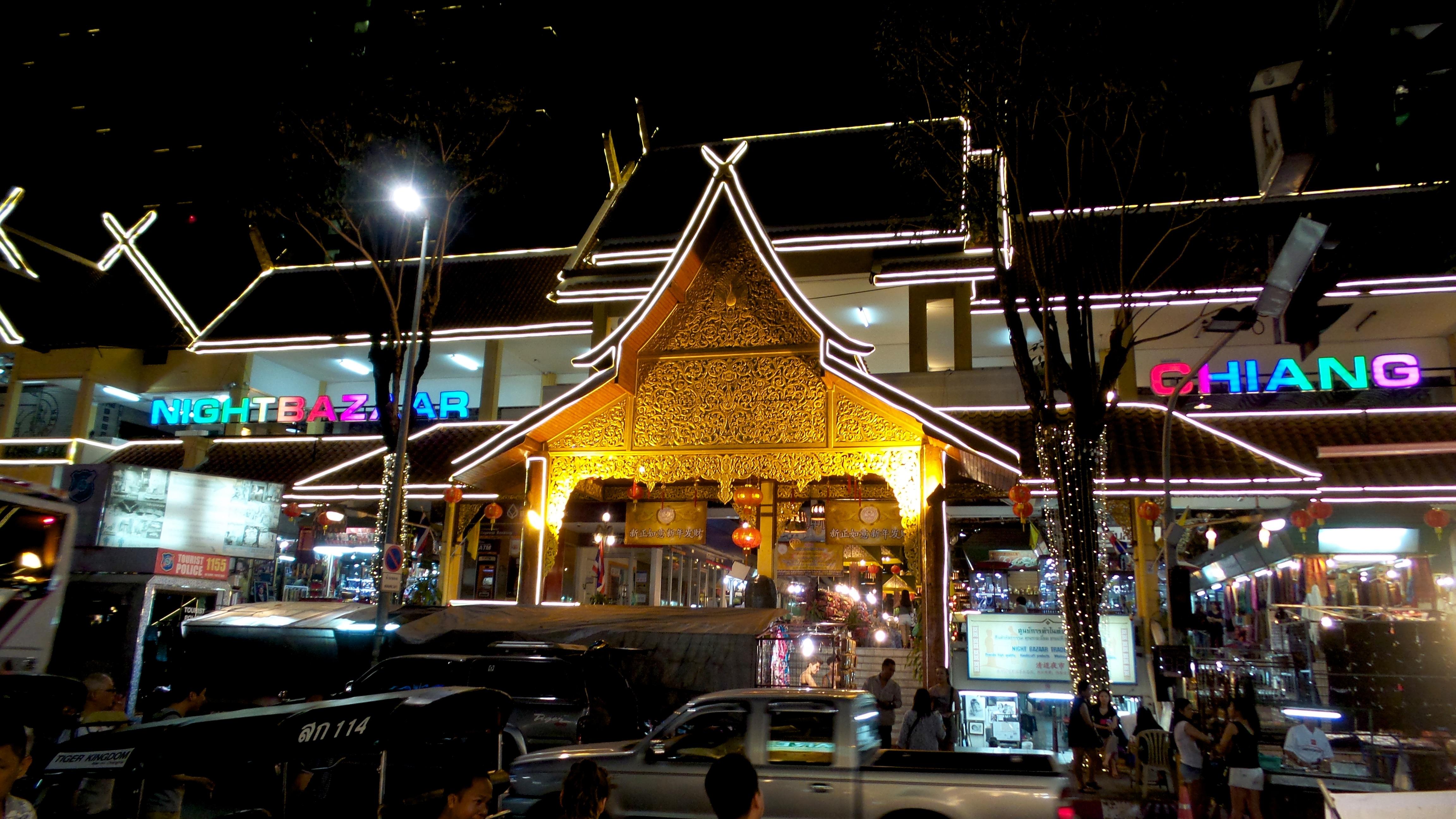 Night bazar al nord della Thailandia